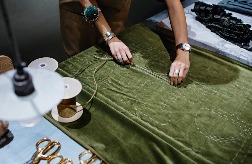 công nghệ thủ công trong ngành công nghiệp thời trang 17