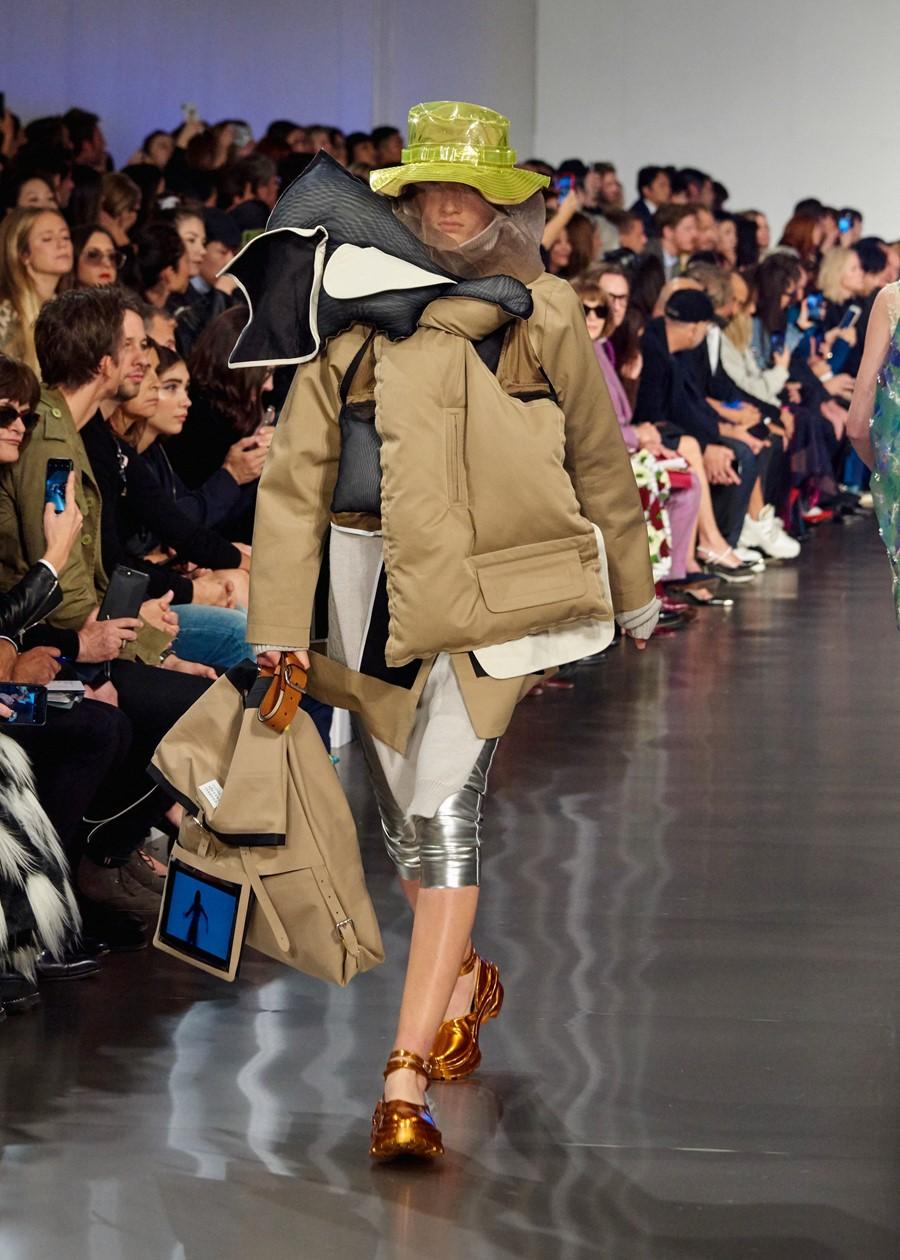 công nghệ thủ công trong ngành công nghiệp thời trang