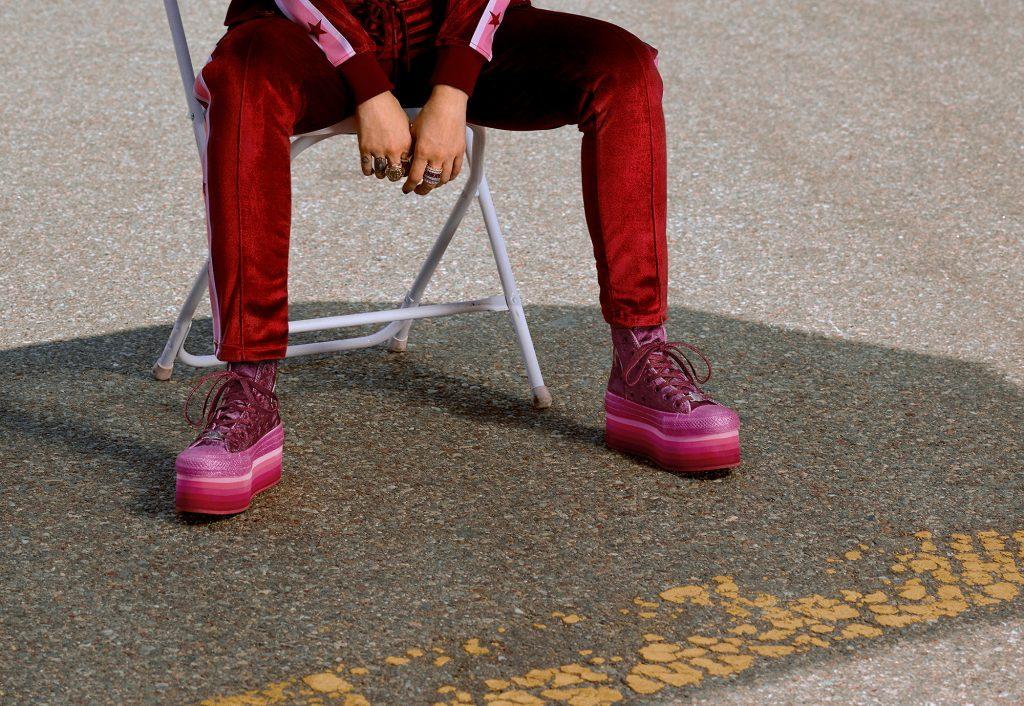 Converse bắt tay ca sĩ Miley Cyrus cho ra mắt BST Incubate trong mùa HO18 5