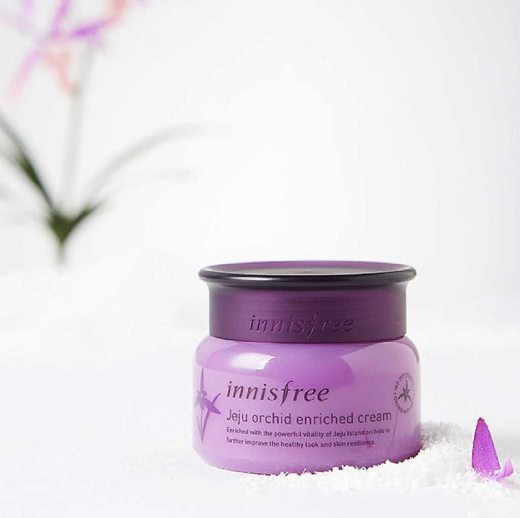 sản phẩm dưỡng da từ hoa - innisfree