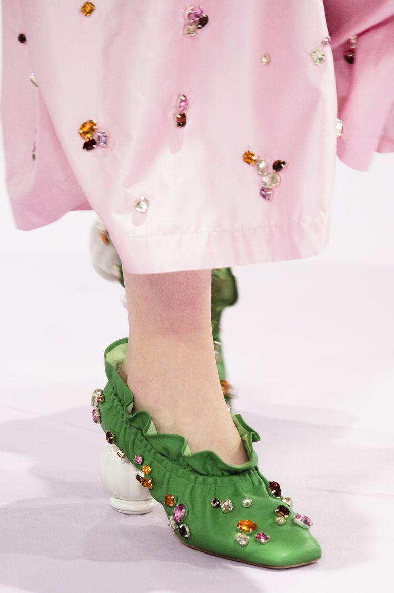 """kiểu giày đẹp được """"săn lùng"""" nhiều nhất năm 2018 11"""