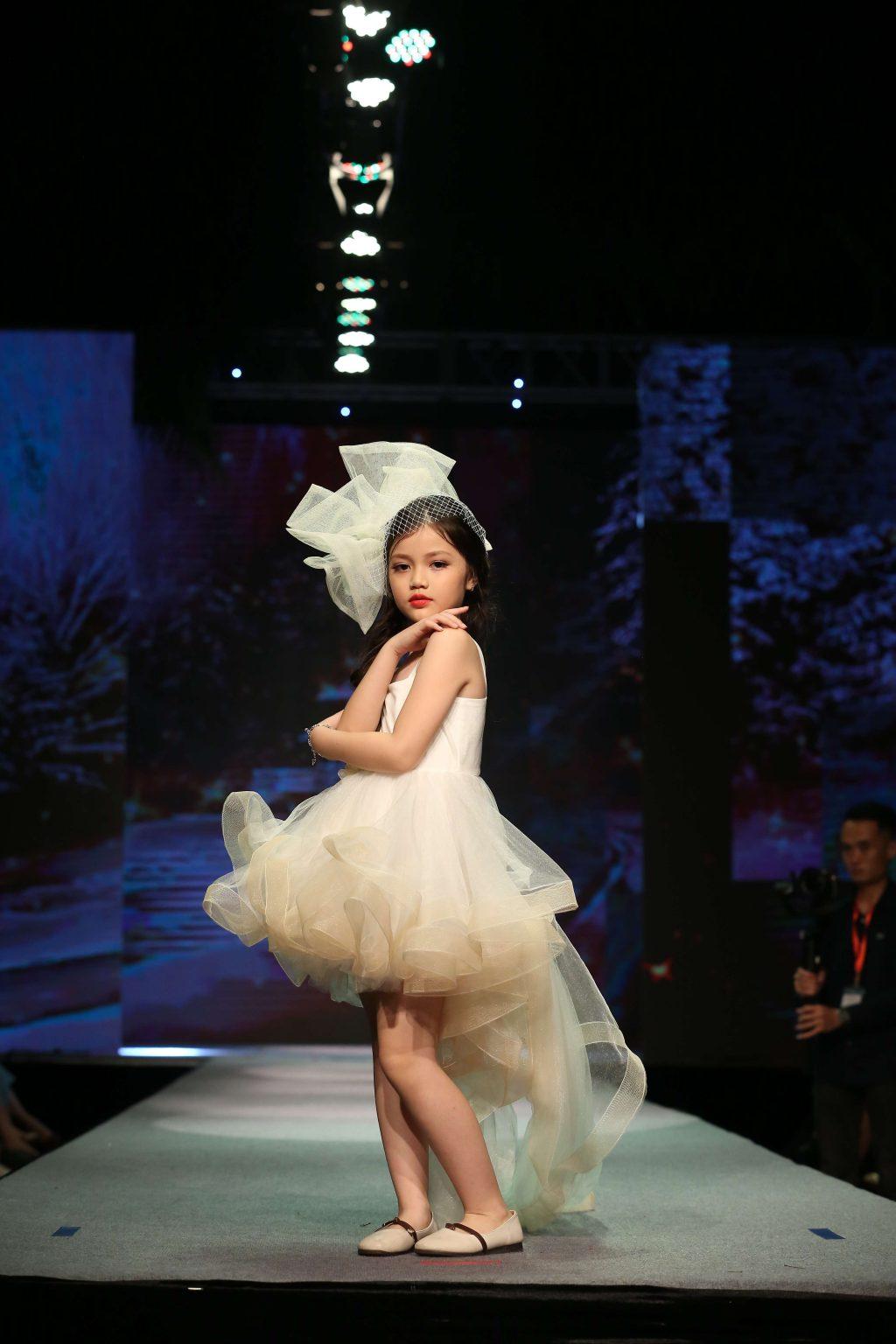 NTK Anh Triệu – Thương hiệu EllieVũ 10