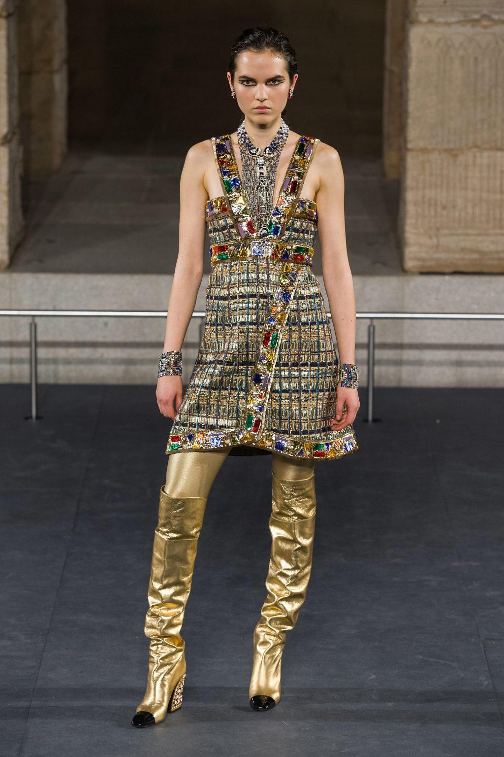 bộ sưu tập Chanel Métiers d'Art 2019 13