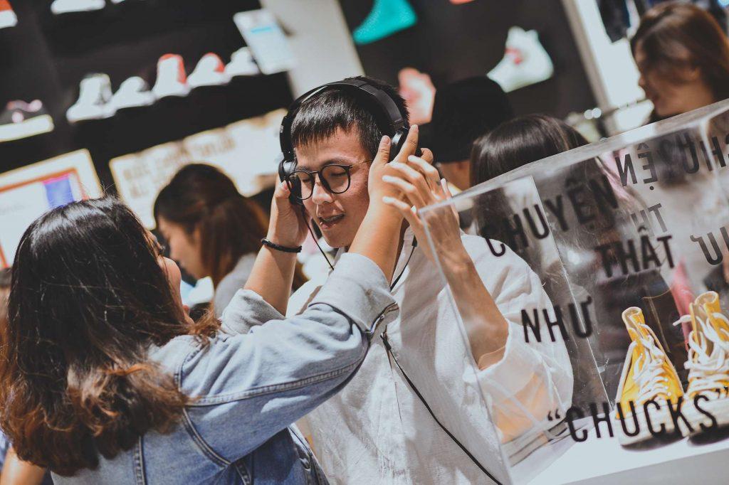 """Trần Quang Đại cùng Converse kể chuyện tại bữa tiệc Chuyện Thật Như """"Chucks"""" 5"""