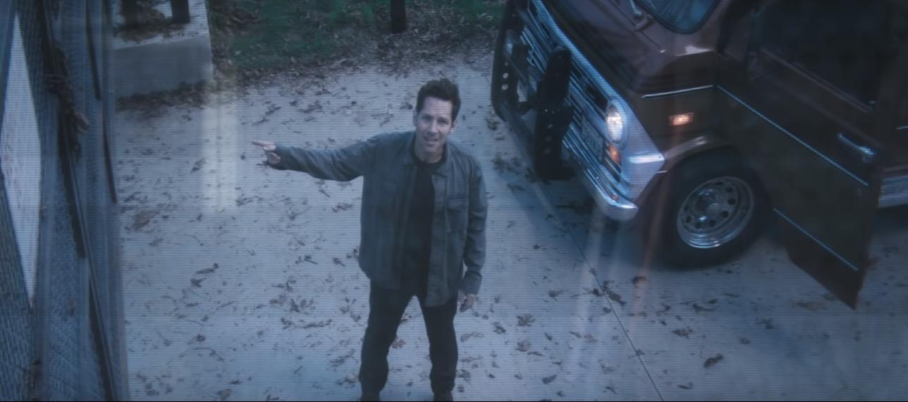 trailer chính thức đầu tiên của Avengers 15