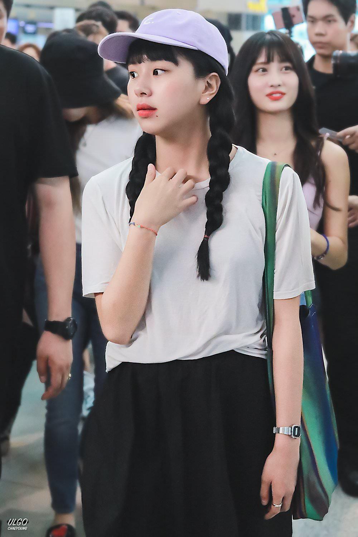 Sao Hàn nào đại diện cho phong cách thời trang của bạn? 12