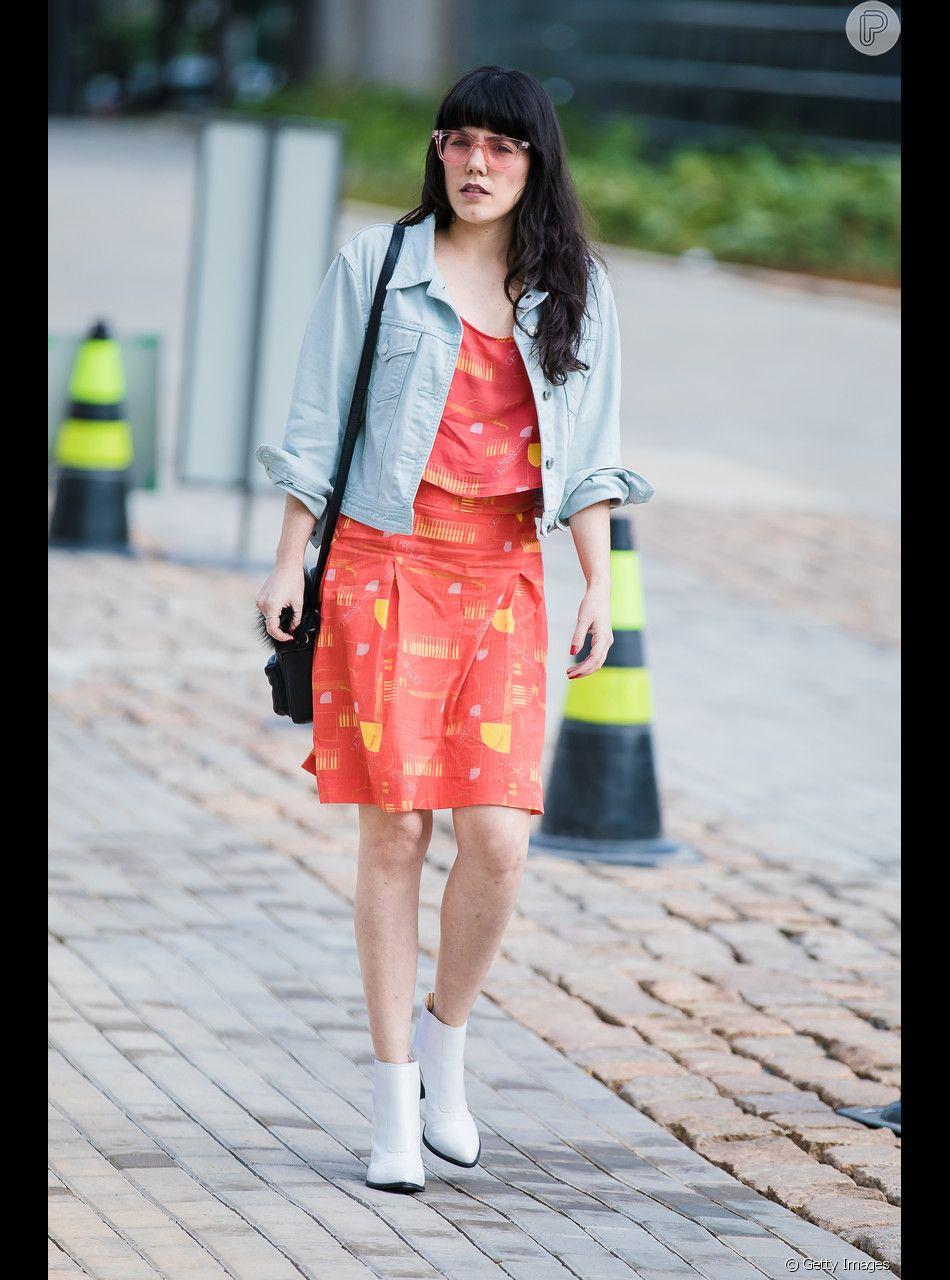 trang phục màu cam san hô 13