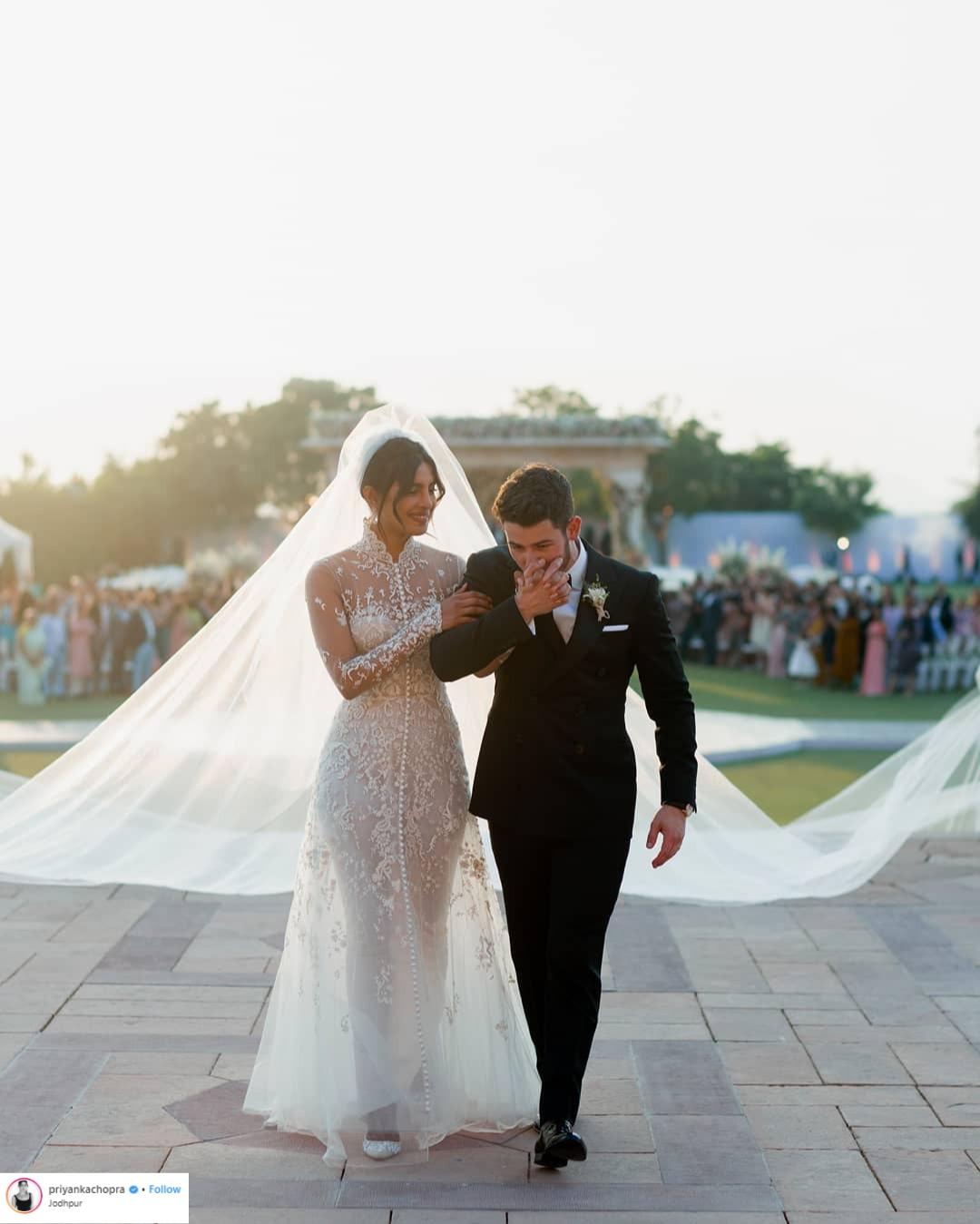 váy cưới đẹp của sao 2018 5