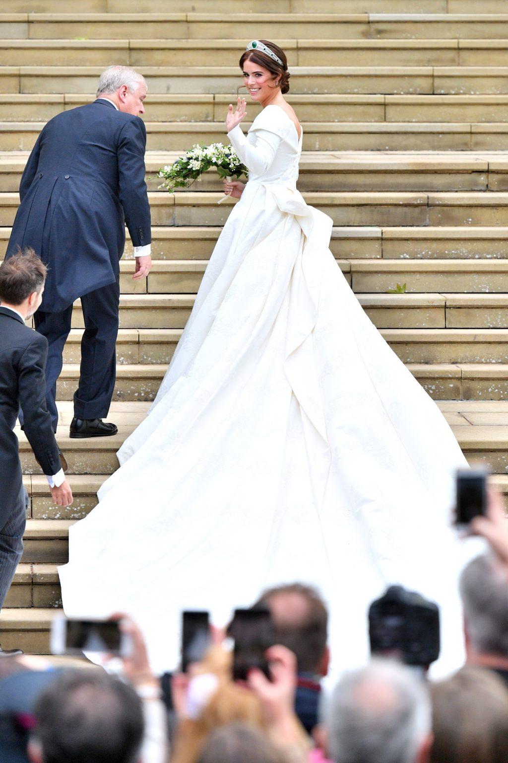 váy cưới đẹp của sao 2018 6