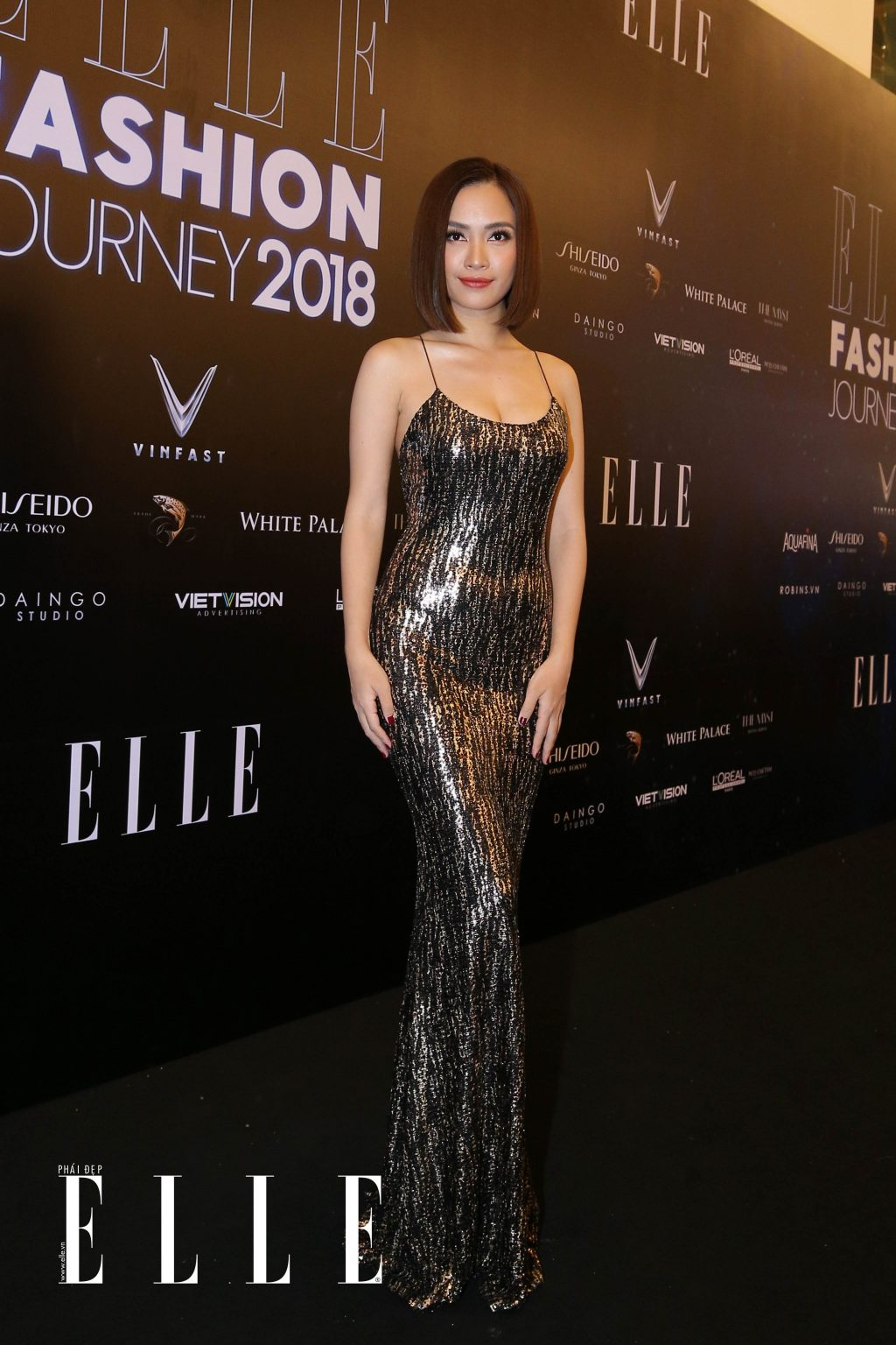 ELLE Fashion Journey tham do 11