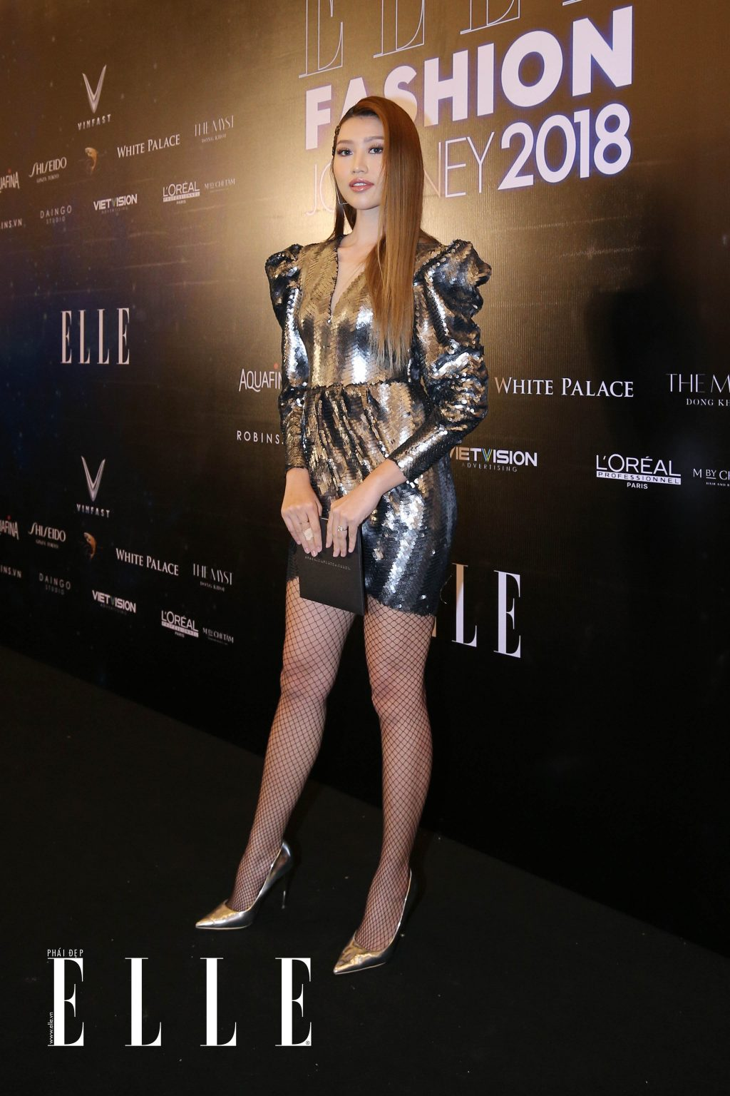 ELLE Fashion Journey tham do 27