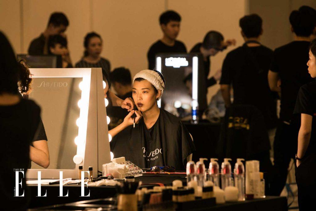 elle fashion journey 2018 hậu trường trang điểm Shiseido 6
