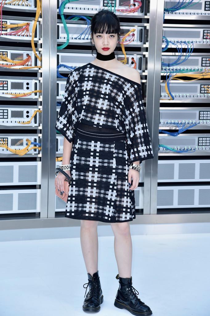 phong cách thời trang nữ tính Nana Komatsu 4
