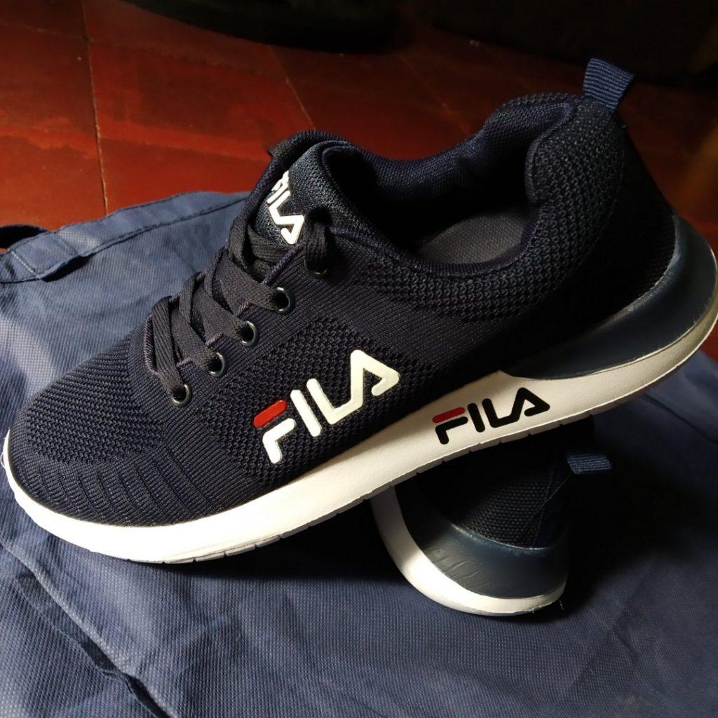 giày thể thao hàng hiệu thật và giả 8