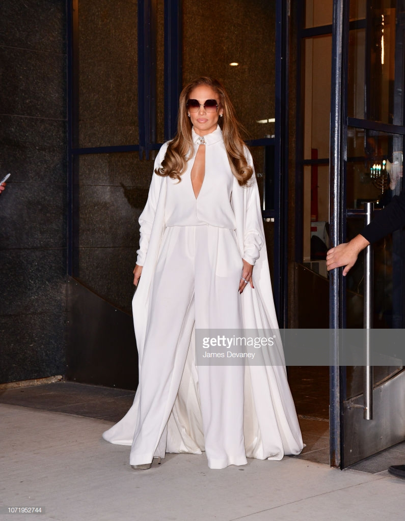áo khoác mùa Đông Jennifer Lopez 7