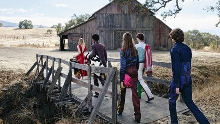 Điểm tin thời trang: Calvin Klein sẽ tăng cường quảng cáo trên truyền thông điện tử