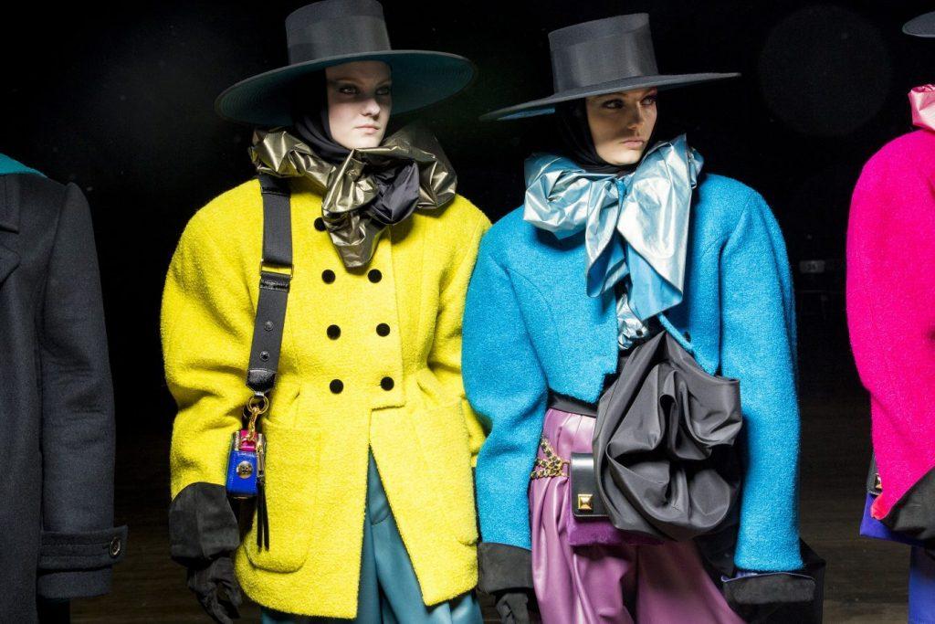 những xu hướng thời trang được tìm kiếm nhiều nhất 2018 2