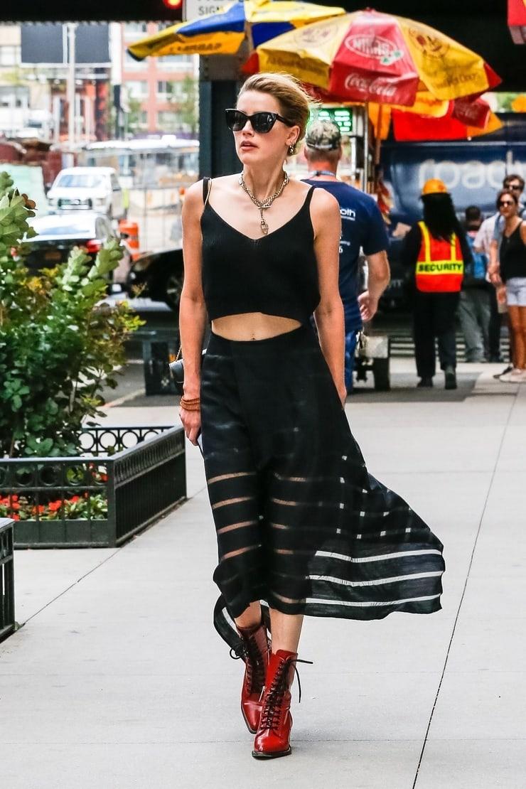Phong cách thời trang Amber Heard 24