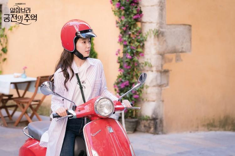 thời trang trong phim ký ức Alhambra 7