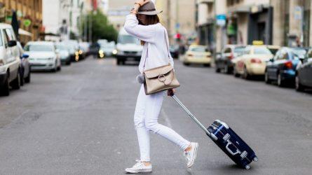 Những món đồ thiết yếu và cách sắp xếp hành lý thời trang du lịch cuối năm