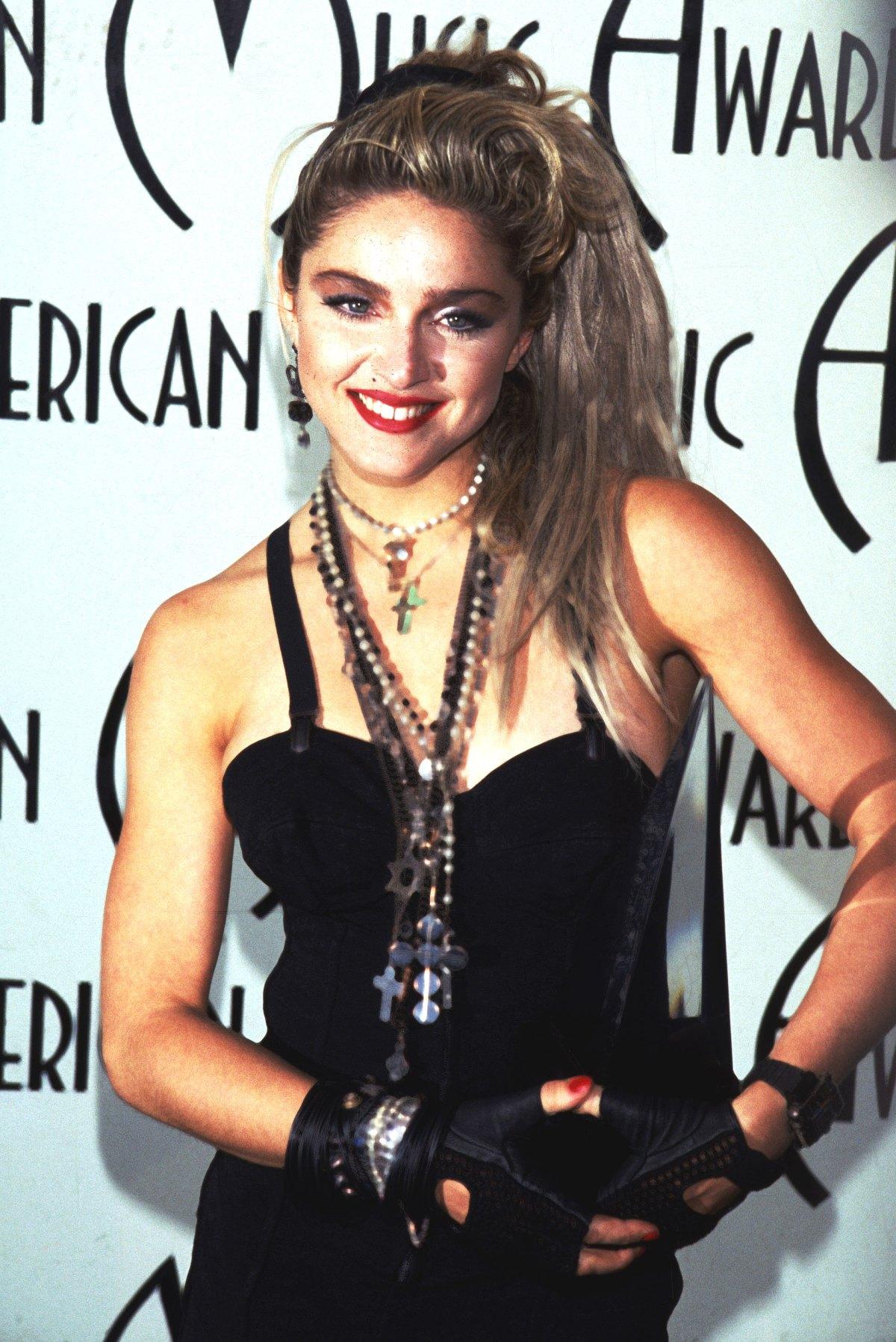 elle việt nam phong cách thời trang thập niên 80 1