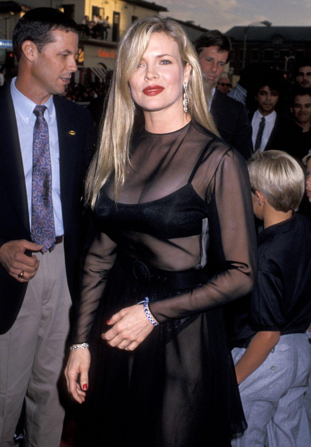 elle việt nam phong cách thời trang thập niên 80 4