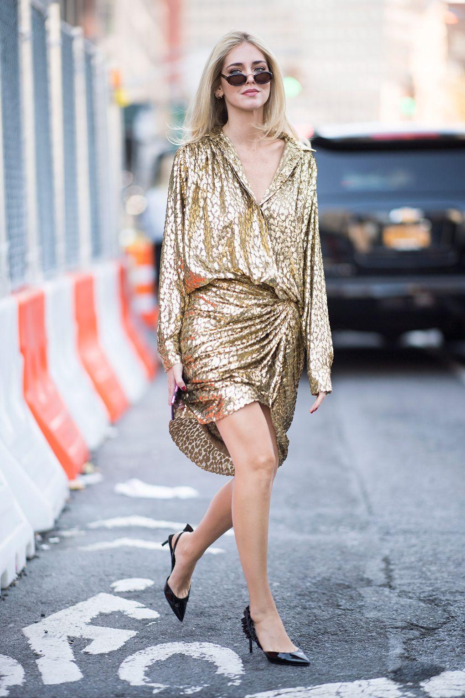 xu hướng thời trang dự tiệc glitter 2