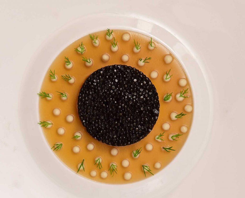 Khám phá ẩm thực thế giới cùng thực đơn mùa lễ hội tại Khách sạn Metropole 3