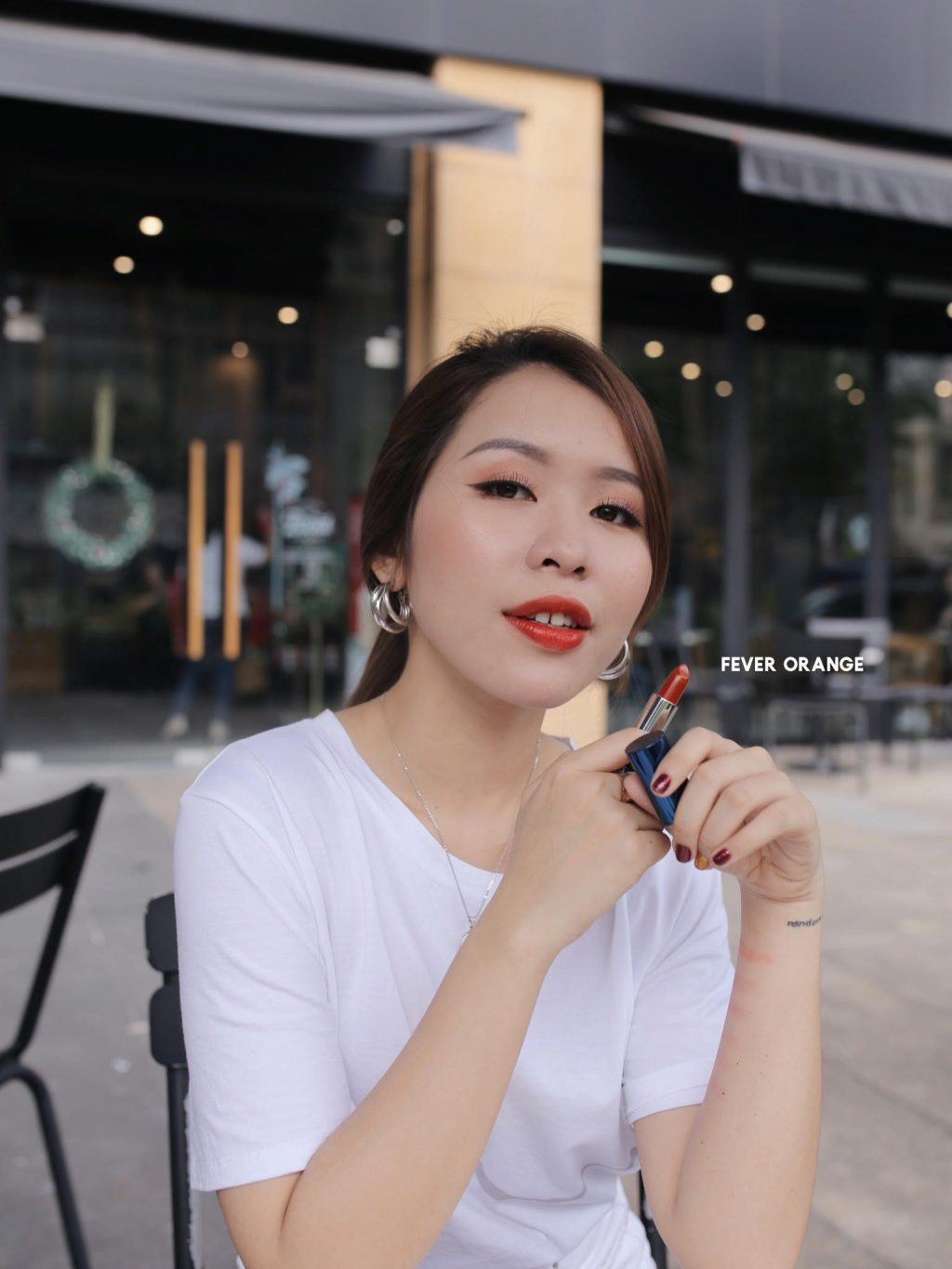 6 sắc son collagen Lip On Lip Charm Galaxy Edition 4