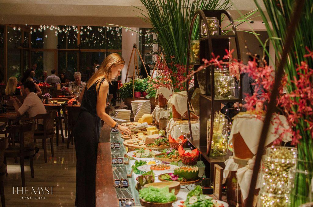 The Myst Đồng Khởi tiệc năm mới 3