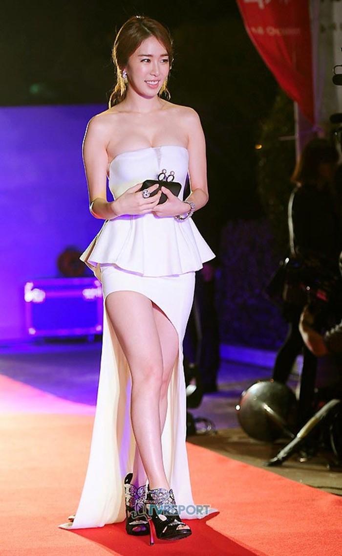 phong cách thời trang Yoo In Na 6