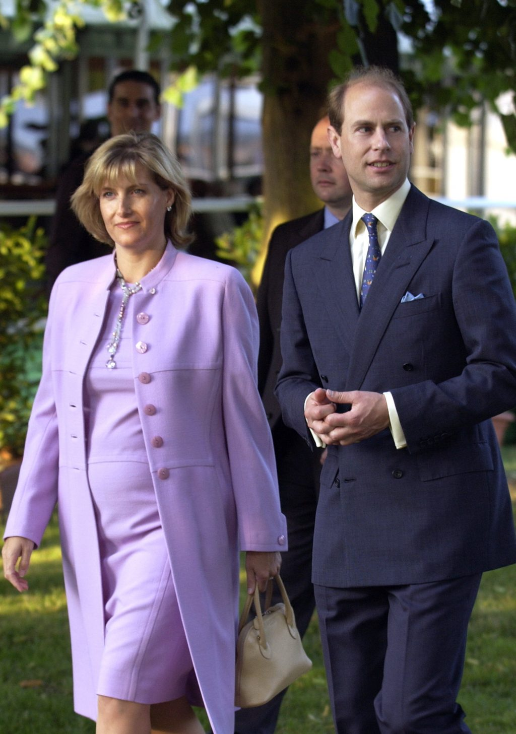 Hoàng gia Anh thông báo tin vui 3