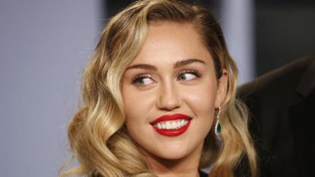 Miley Cyrus và Liam - Khi mái tóc là minh chứng cho tình yêu thăng trầm một thập kỷ
