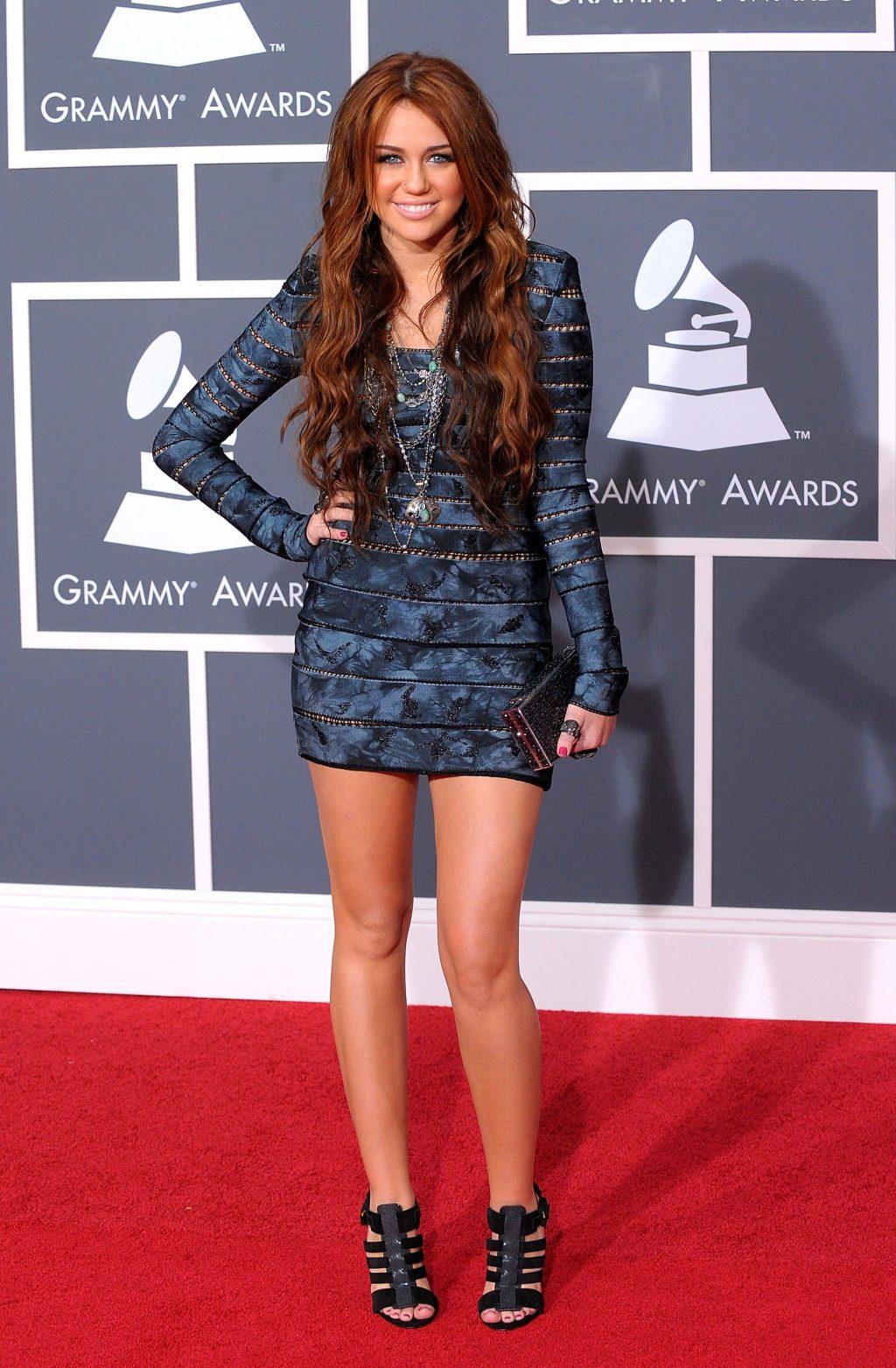 sự thay đổi trong phong cách thời trang của Miley Cyrus 6