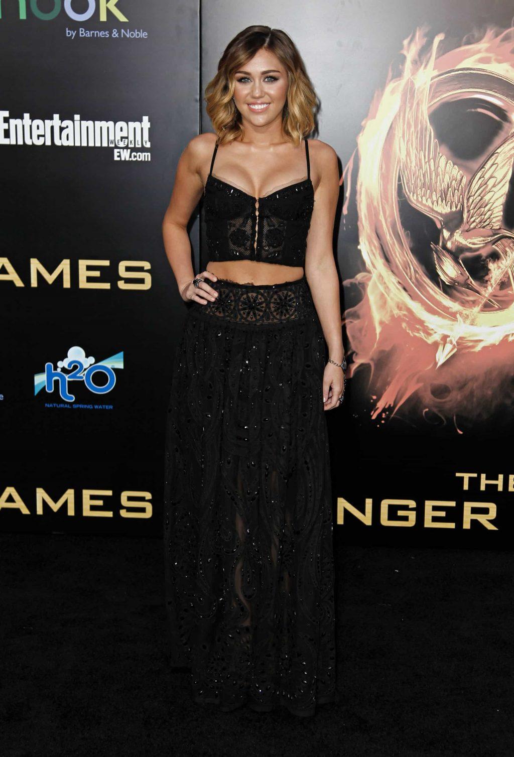sự thay đổi trong phong cách thời trang của Miley Cyrus 9