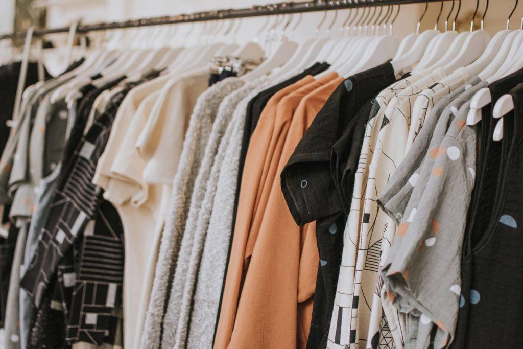mua sắm quần áo 10