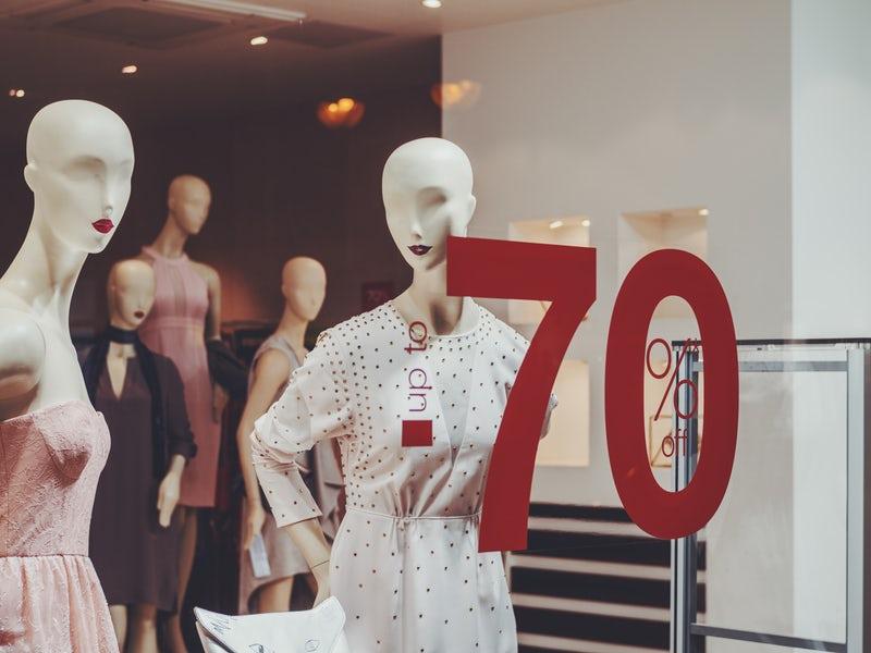 mua sắm quần áo 7