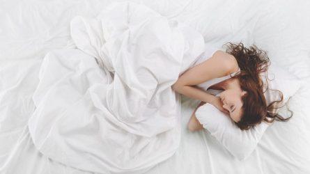 Những bài tập thể dục nhẹ nhàng giúp bạn dễ dàng chìm vào giấc ngủ sâu