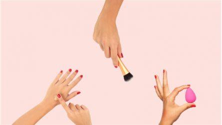 Cọ, mút và ngón tay: đâu mới là phương pháp tán kem nền phù hợp cho bạn?