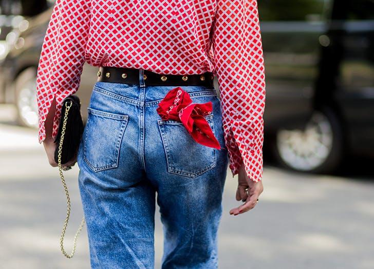 lựa chọn quần jeans hoàn hảo túi sau lưng quần