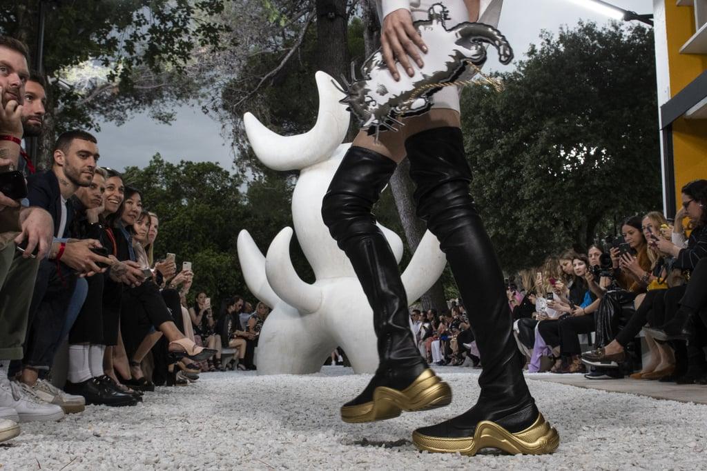 """Cập nhật 6 kiểu giày thể thao hứa hẹn sẽ """"gây bão"""" trong năm 2019"""