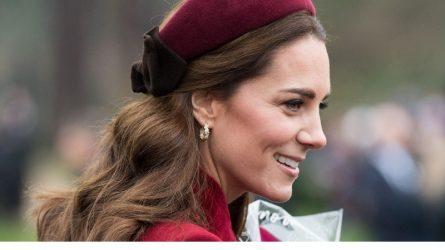 Ngắm nhìn những kiểu tóc đẹp thanh lịch của công nương Kate Middleton