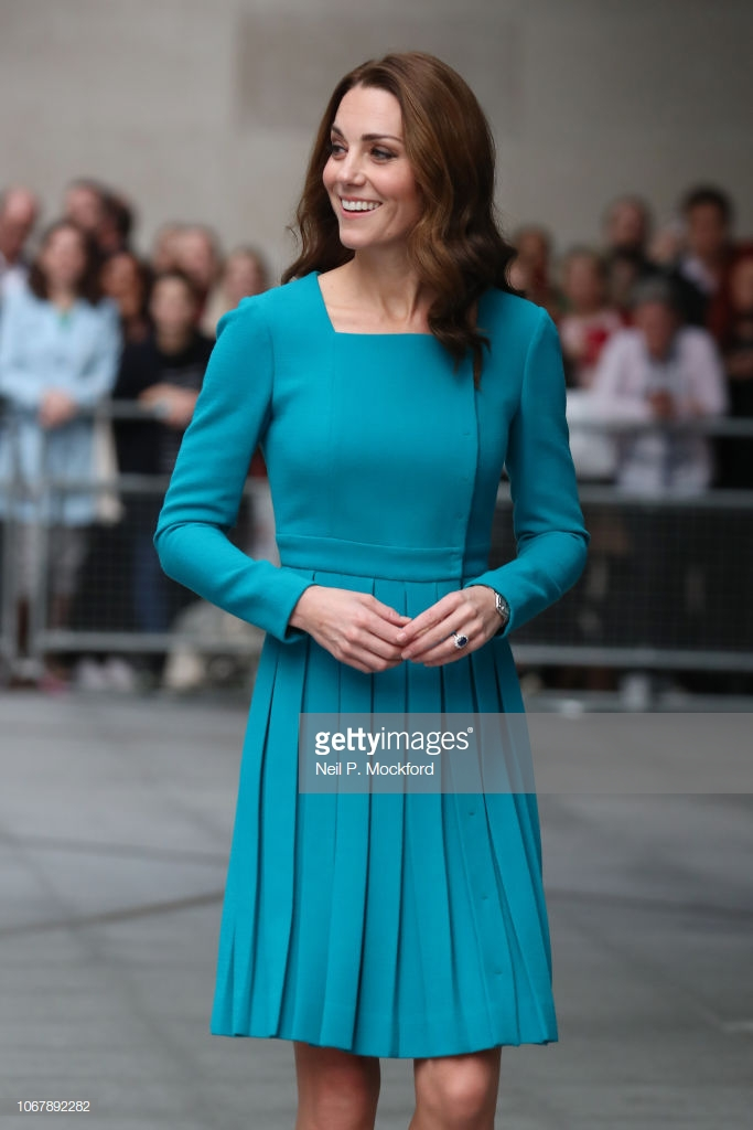 trang phục công nương Kate 2
