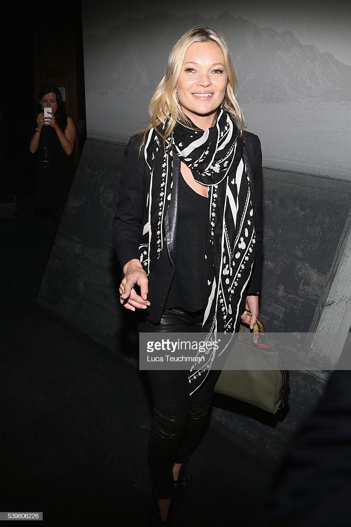 phong cách thời trang siêu mẫu Kate Moss 16