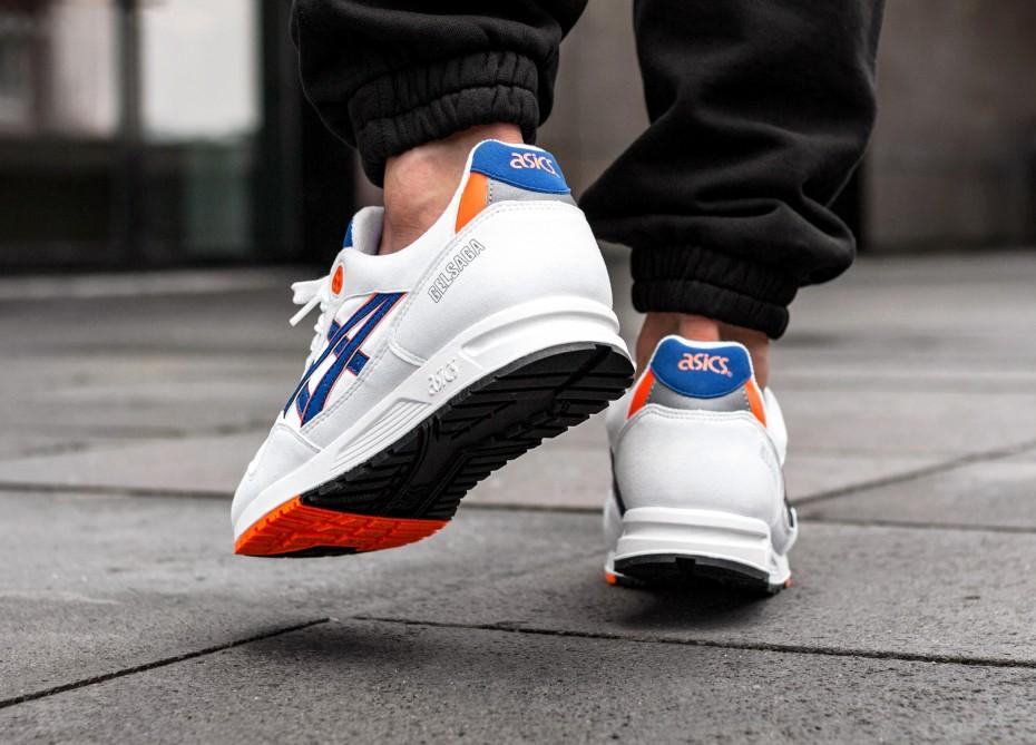 Đôi giày thể thao 14