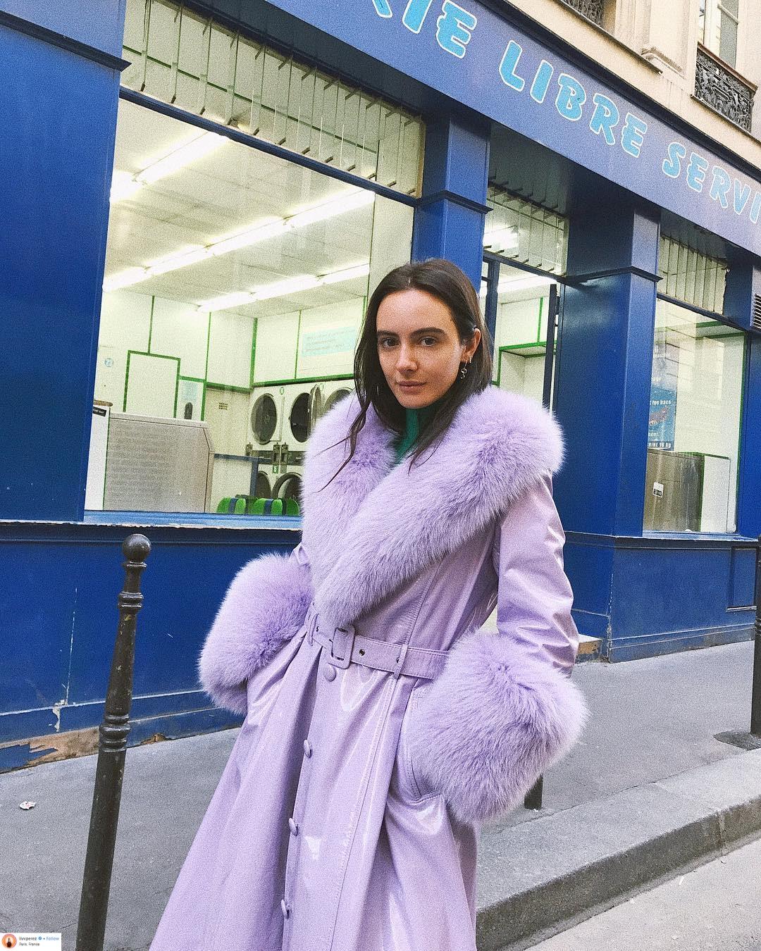 """Áo khoác viền lông – Xu hướng thời trang đang """"thống trị"""" mạng xã hội Instagram 3"""