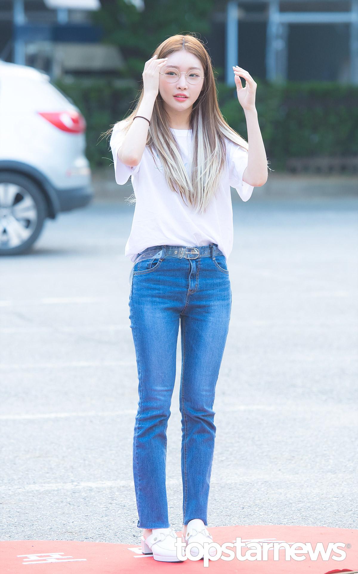 phong cách thời trang Kim Chung Ha 10