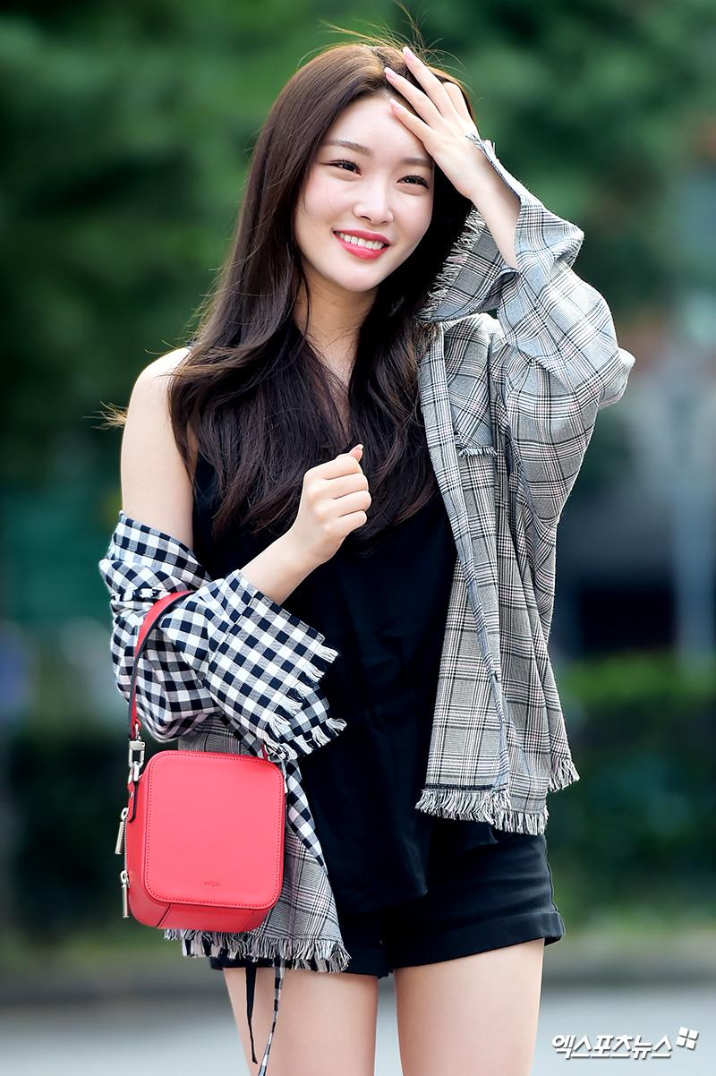 phong cách thời trang Kim Chung Ha 11