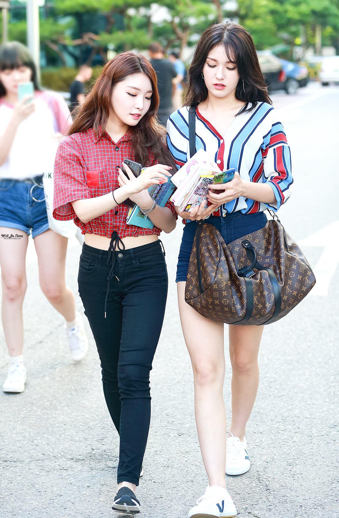 phong cách thời trang Kim Chung Ha 15
