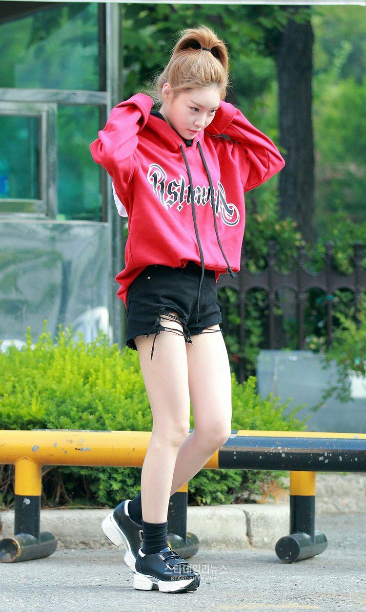 phong cách thời trang Kim Chung Ha 5